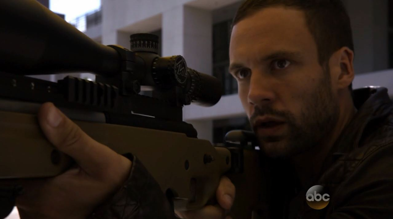 Agents of SHIELD S2Ep2 Heavy Is the Head Review - agent Hunter tries to shoot Creel