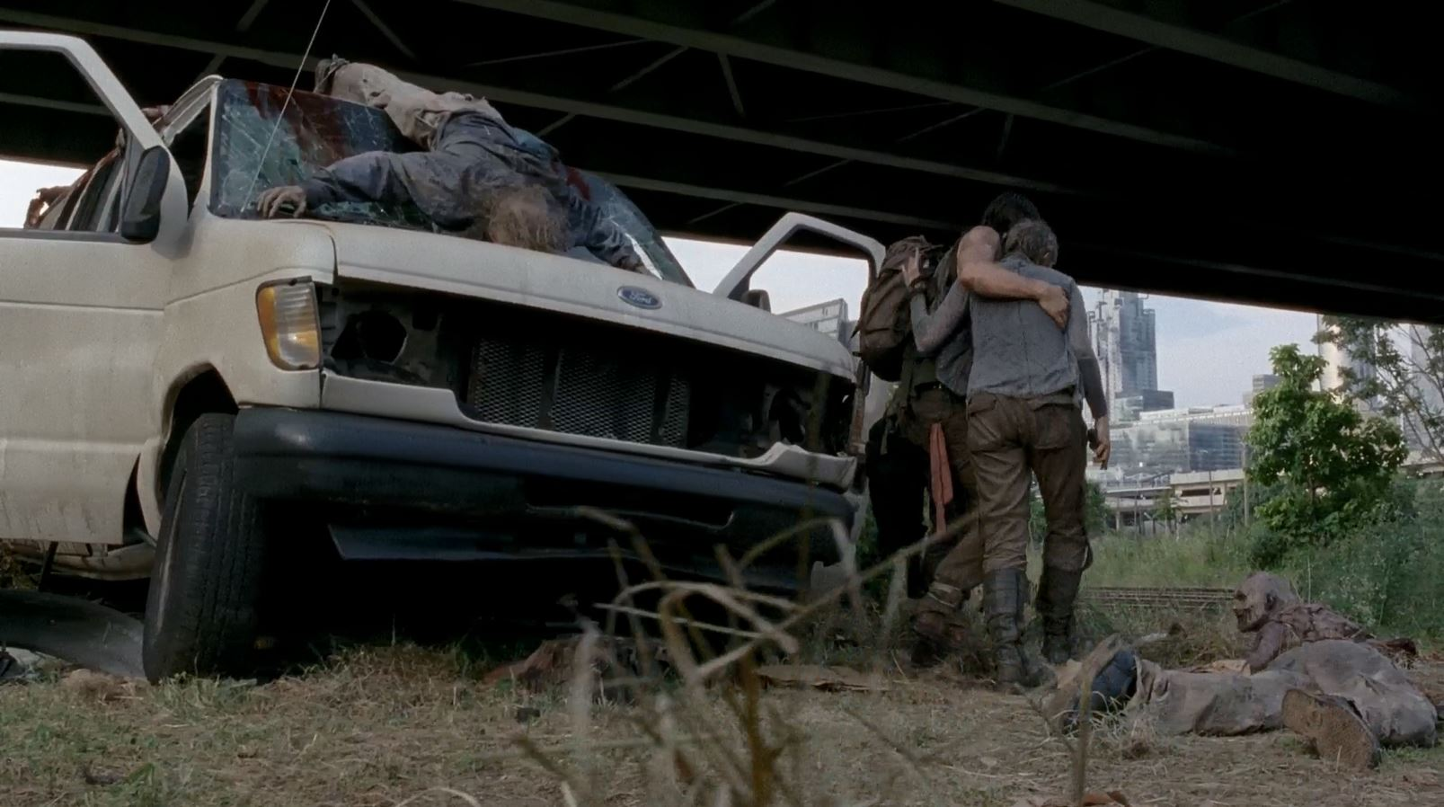 Carol and Daryl manage to walk away from the wreck - The Walking Dead S5Ep6 Consumed Review