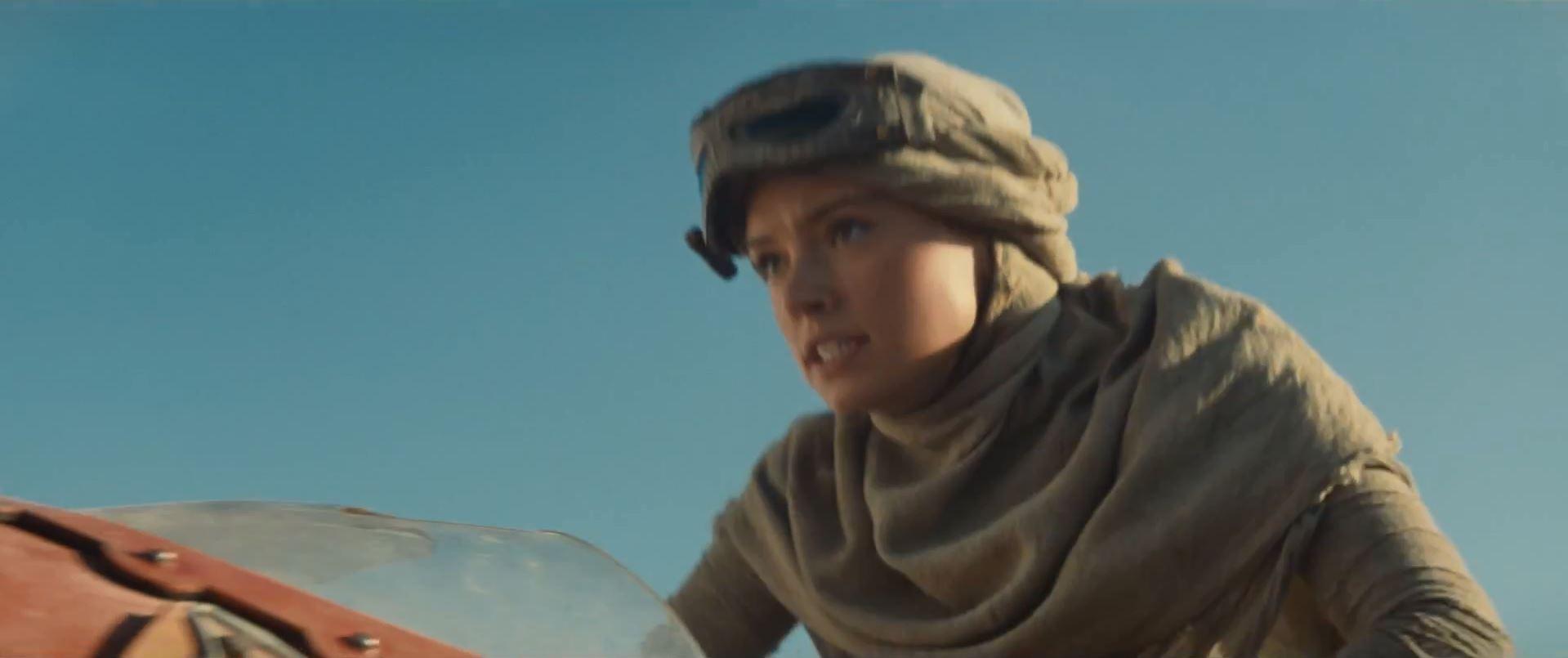 Daisy Ridley in Star Wars Episode 7 trailer released