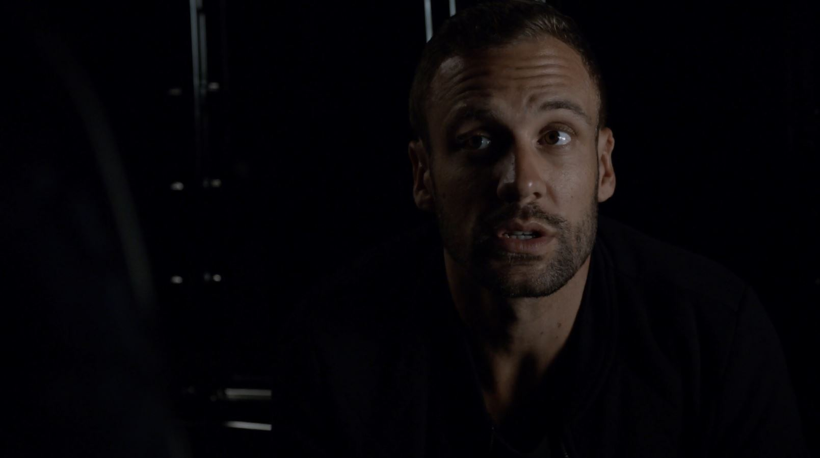 Hunter played by Nick Blood arguing with Mockingbird - Agents of SHIELD The Writing on the Wall Review