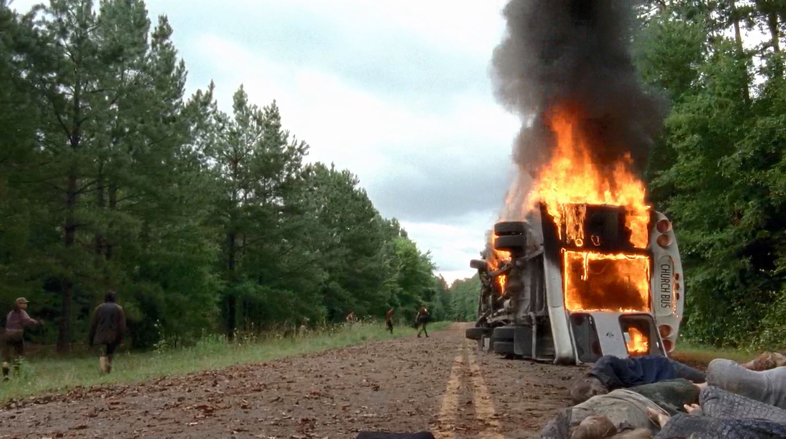 The church bus burning - The Walking Dead - Self Help - Review