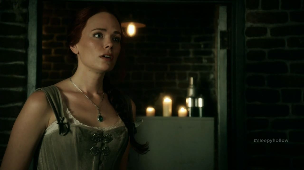 Katia Winter in corset as Katrina Crane - Sleepy Hollow S2Ep11 The Akeda Review