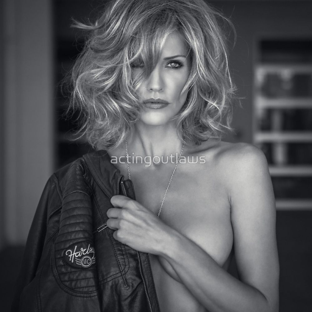 Tricia Helfer topless in 2015 Acting Outlaws Calendar