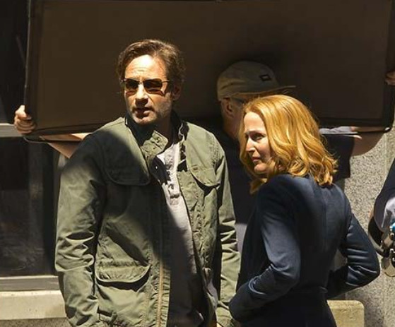 Mulder and Scully - X-Files miniseries revival
