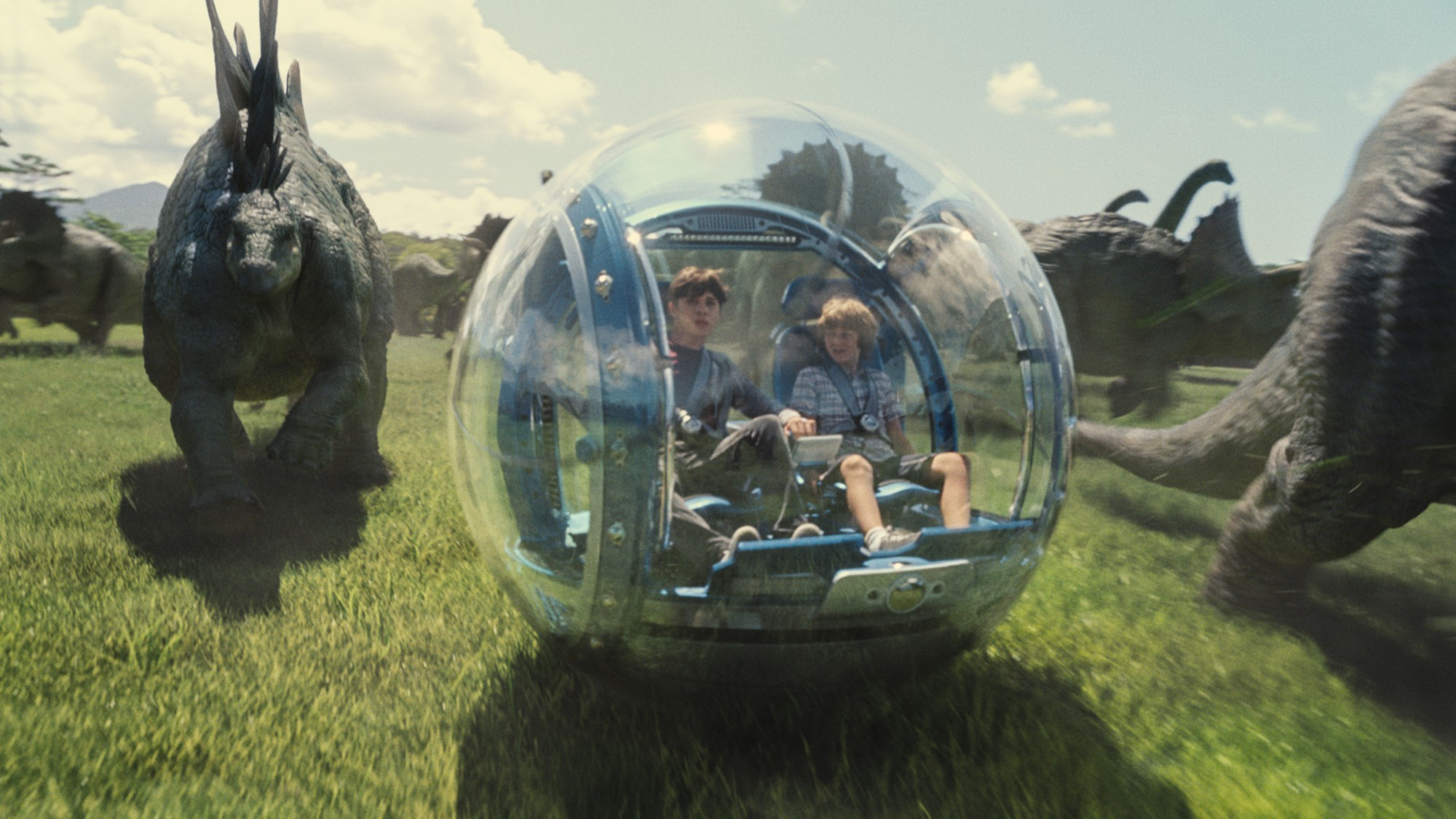 Ty Simpkins as Gray Mitchell and Nick Robinson as Zach Mitchell - Jurassic World