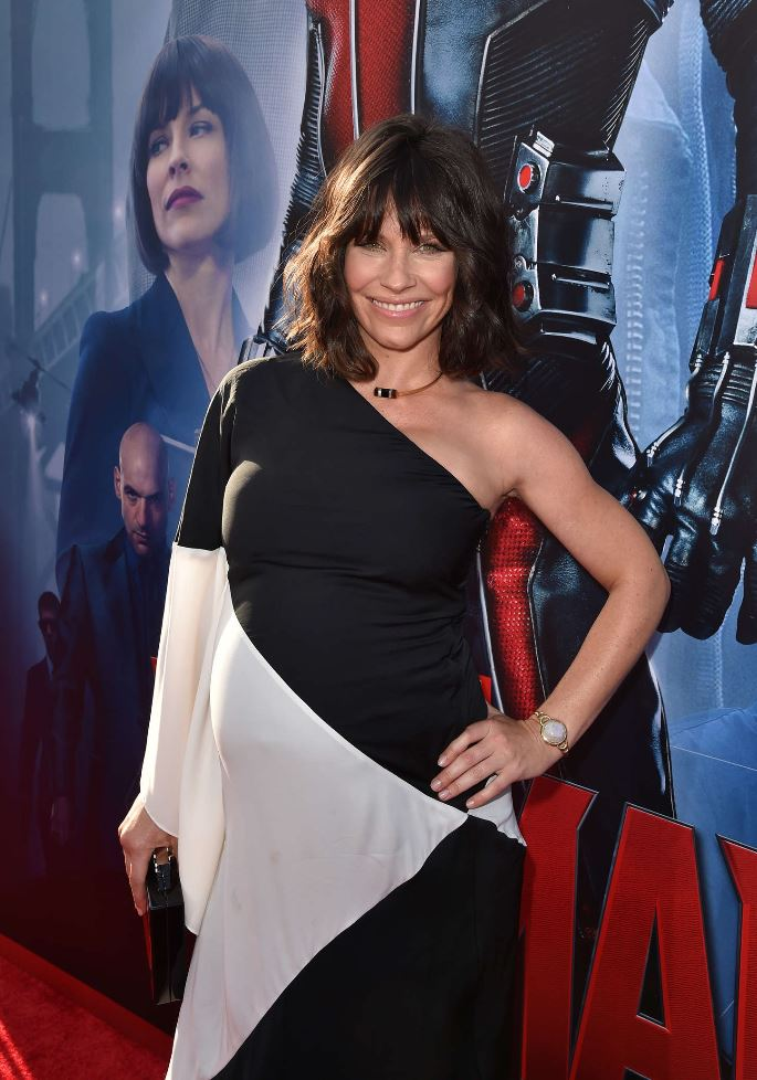 Evangeline Lilly pregnant as Ant-Man premiere