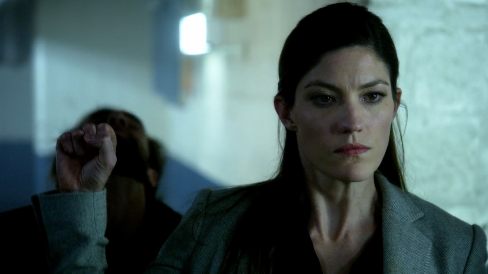 Jennifer Carpenter as Rebecca Harris kicking ass. Limitless.