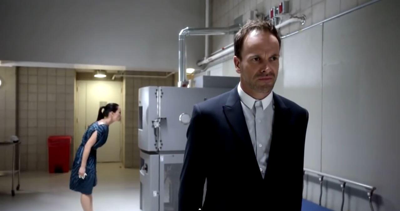 Jonny Lee Miller as Sherlock Holmes. Elementary Season 4 trailer.