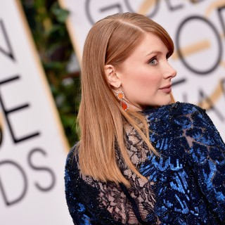 Bryce Dallas Howard at Golden Globes Awards 2016