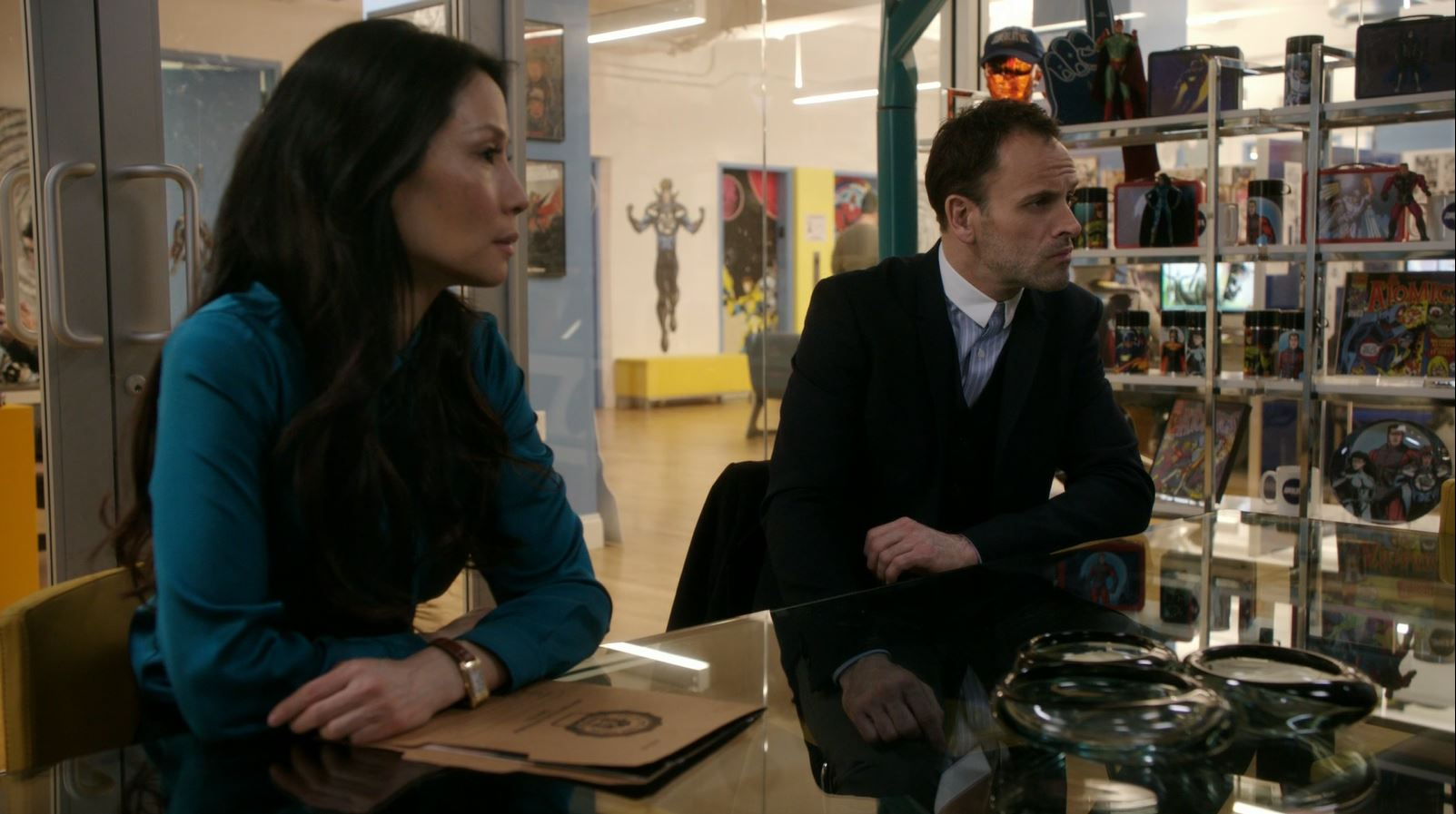 Joan and Sherlock at the comic book studio. Elementary S4Ep17