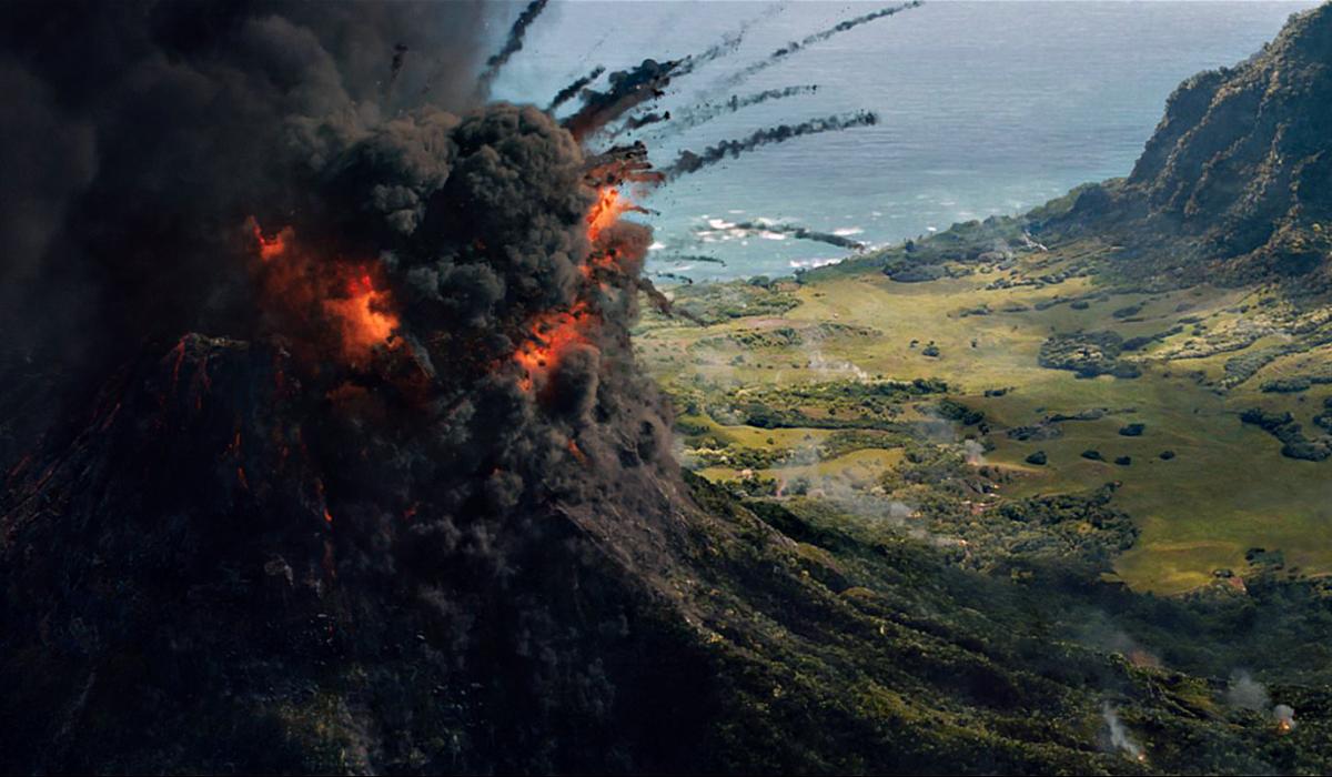 Jurassic World Fallen Kingdom Review Isla Nublar volcano eruption
