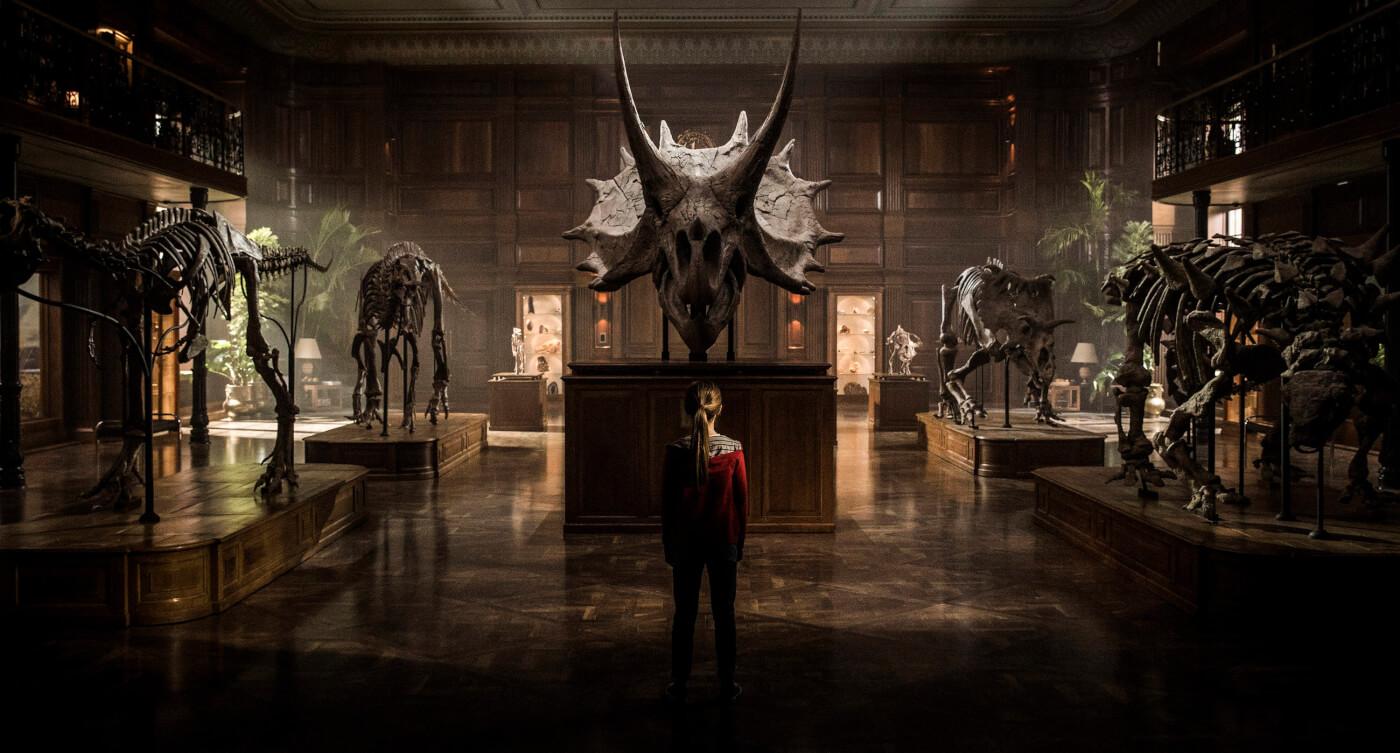 Jurassic World Fallen Kingdom Review Lockwood manor with Maisie