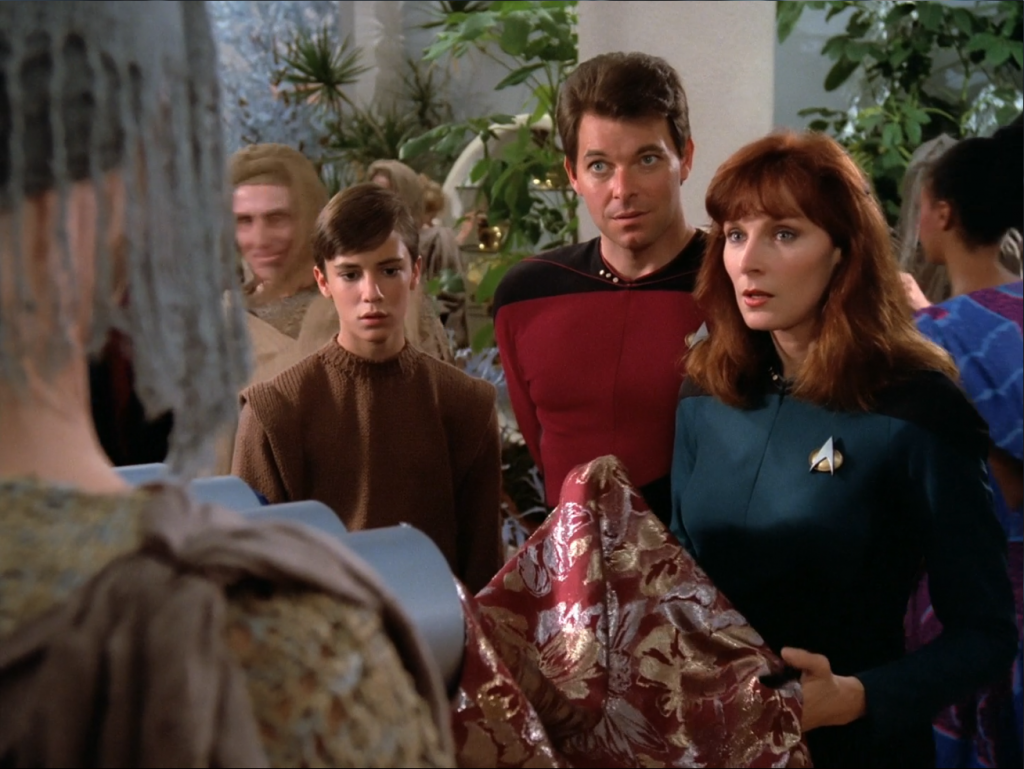 Dr Crusher and Commander Riker