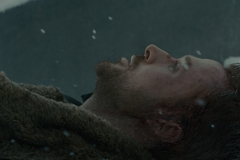 K-now-as-Joe-Ryan-Gosling-dying-in-the-snow