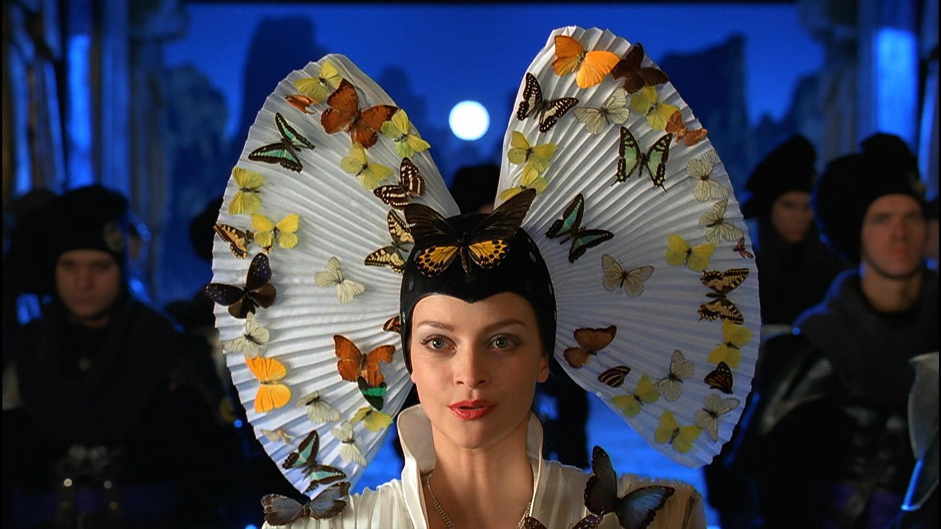 Frank-Herbert-Dune-Princess-Irulan-played-by-Julie-Cox