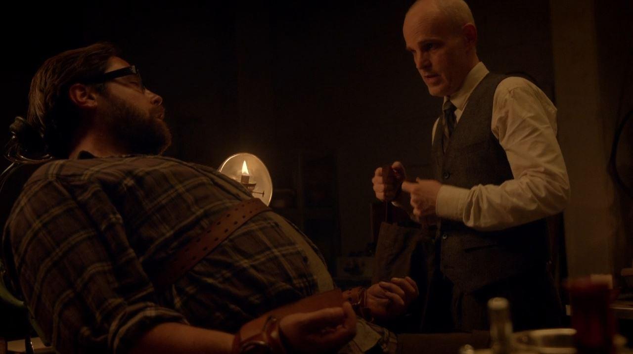 Revolution - Doctor Horn torturing Aaron (Zak Orth)