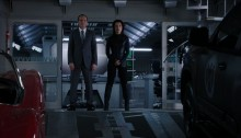 Agents of SHIELD - Coulson and May waiting for Mike Peterson