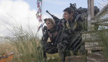 Edge of Tomorrow - Tom Cruise and Emily Blunt