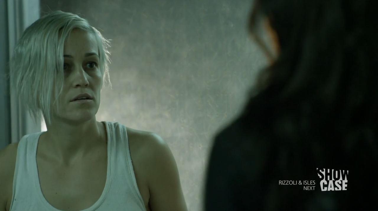 Continuum season 3 - minute to minute - Luvia Petersen as Jasmine Garza