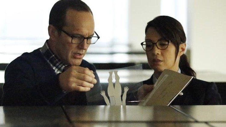Agents-of-SHIELD-Ragtag-Coulson-and-May-undercover