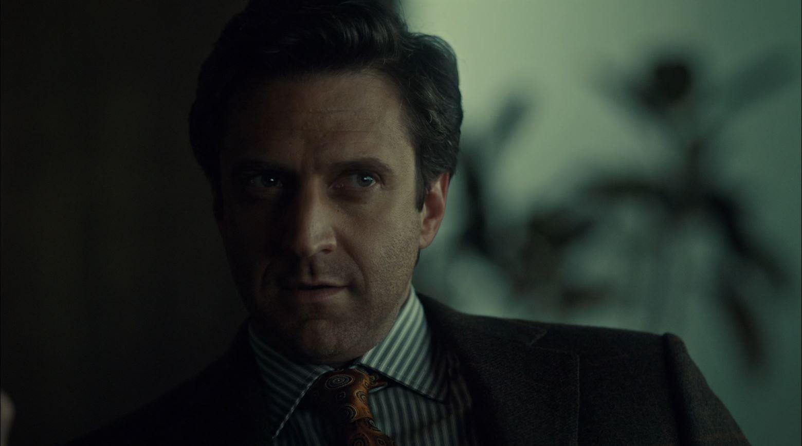 Hannibal S2Ep6 Futamono Review - Raúl Esparza as Dr. Frederick Chilton