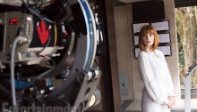 Jurassic World set picture - Bryce Dallas Howard