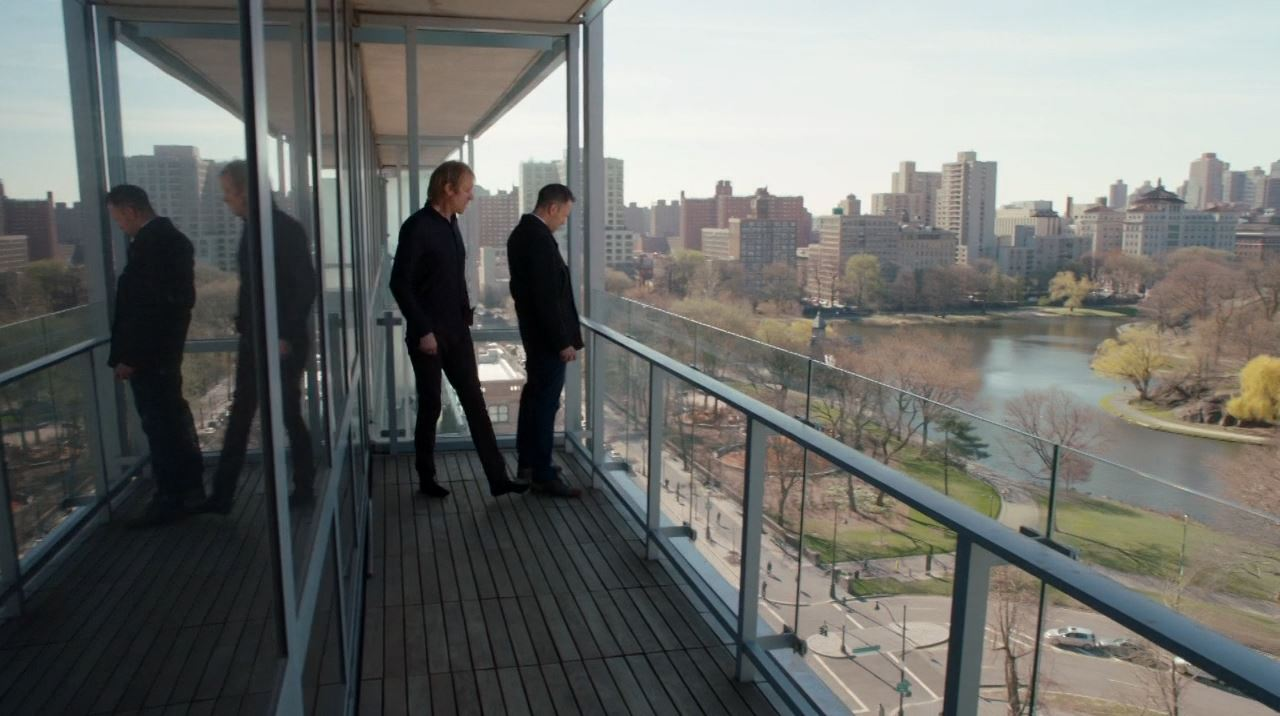 Elementary Season 2 The Grand Experiment Review - Sherlock and Mycroft disover a bomb