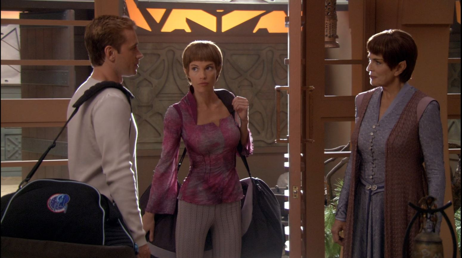 Enterprise season 4 Blu ray review - Tucker, T'Pol and her mother
