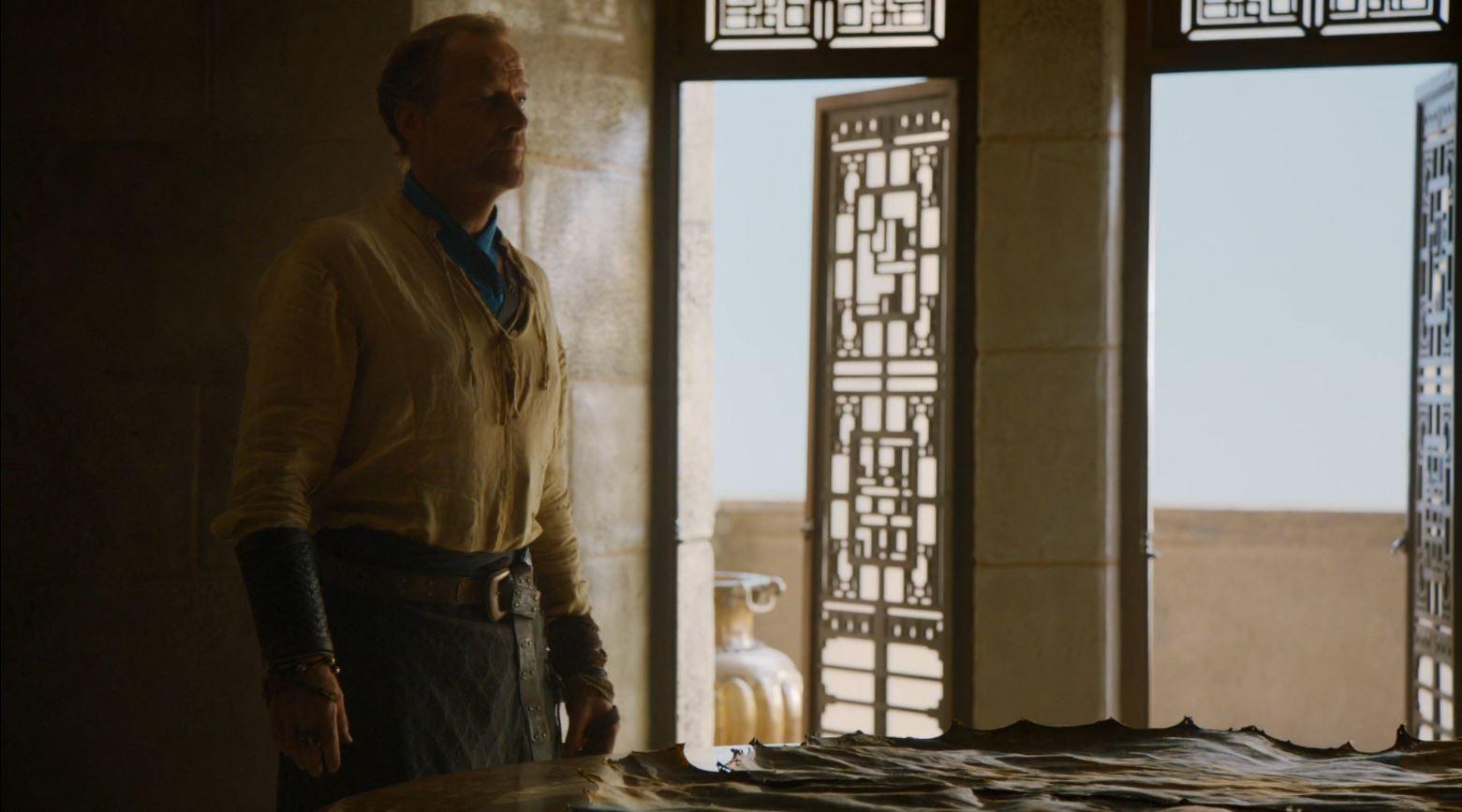 Game Of Thrones S4Ep7 Mockingbird Review - Iain Glen as Jorah Mormont confronting Daenarys