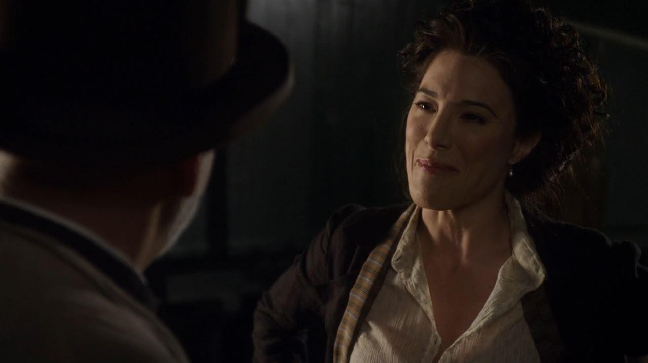 Warehouse 13 series finale Endless - Jaime Murray as H.G Wells