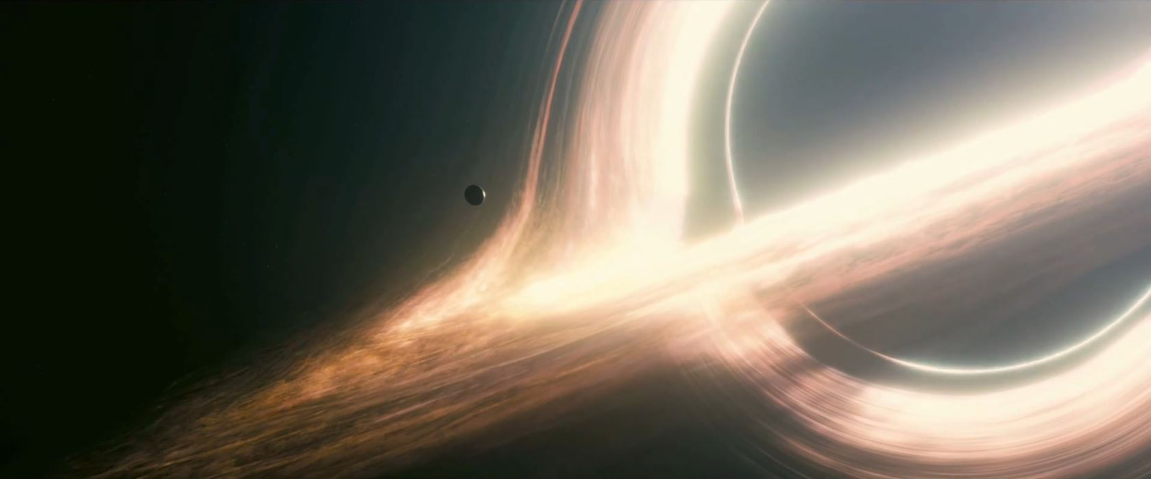 Interstellar trailer - space capsule