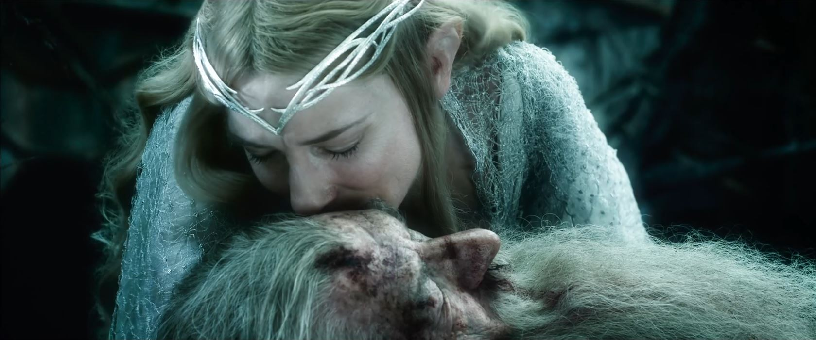 The Hobbit The Battle of the Five Armies Trailer - Cate Blanchett as Galadriel kissing Gandalf