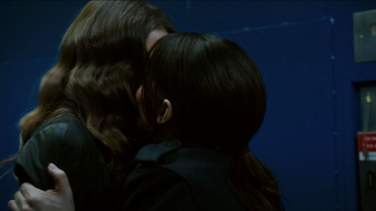 Person of Interest S4Ep11 If-Then-Else Review - Root and Shaw kiss