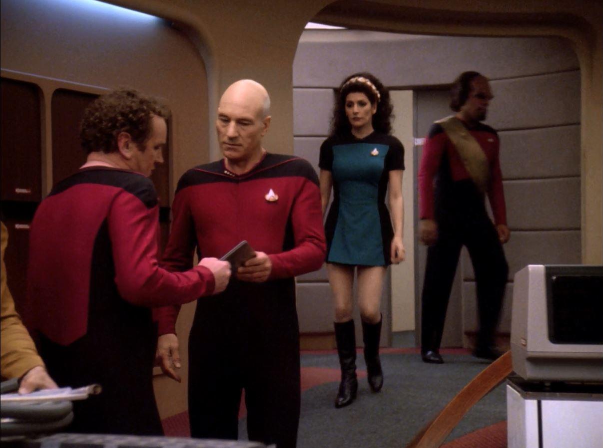 Star Trek TNG Season 7 Blu-ray Review. Deanna Troi in skirt uniform