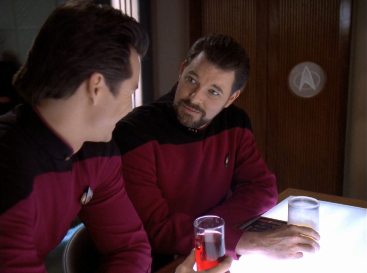 Star Trek TNG Season 7 Blu-ray Review. Jonathan Frakes in Lower Decks