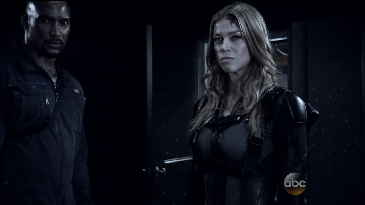 Mack and Bobbi take back the carrier. Agents of SHIELD S2Ep15 'One Door Closes' Review.