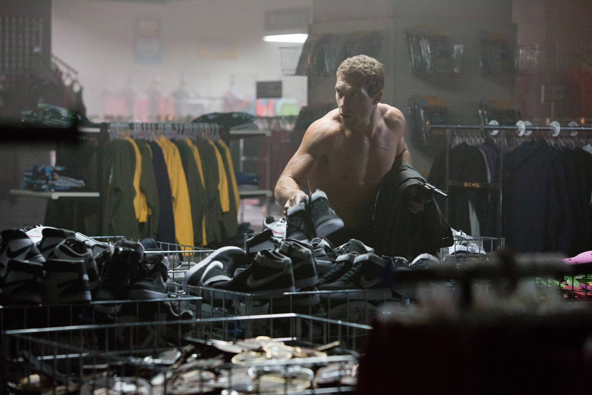 Jai-Courtney-as-Kyle-Reese-in-1982-Terminator-Genisys