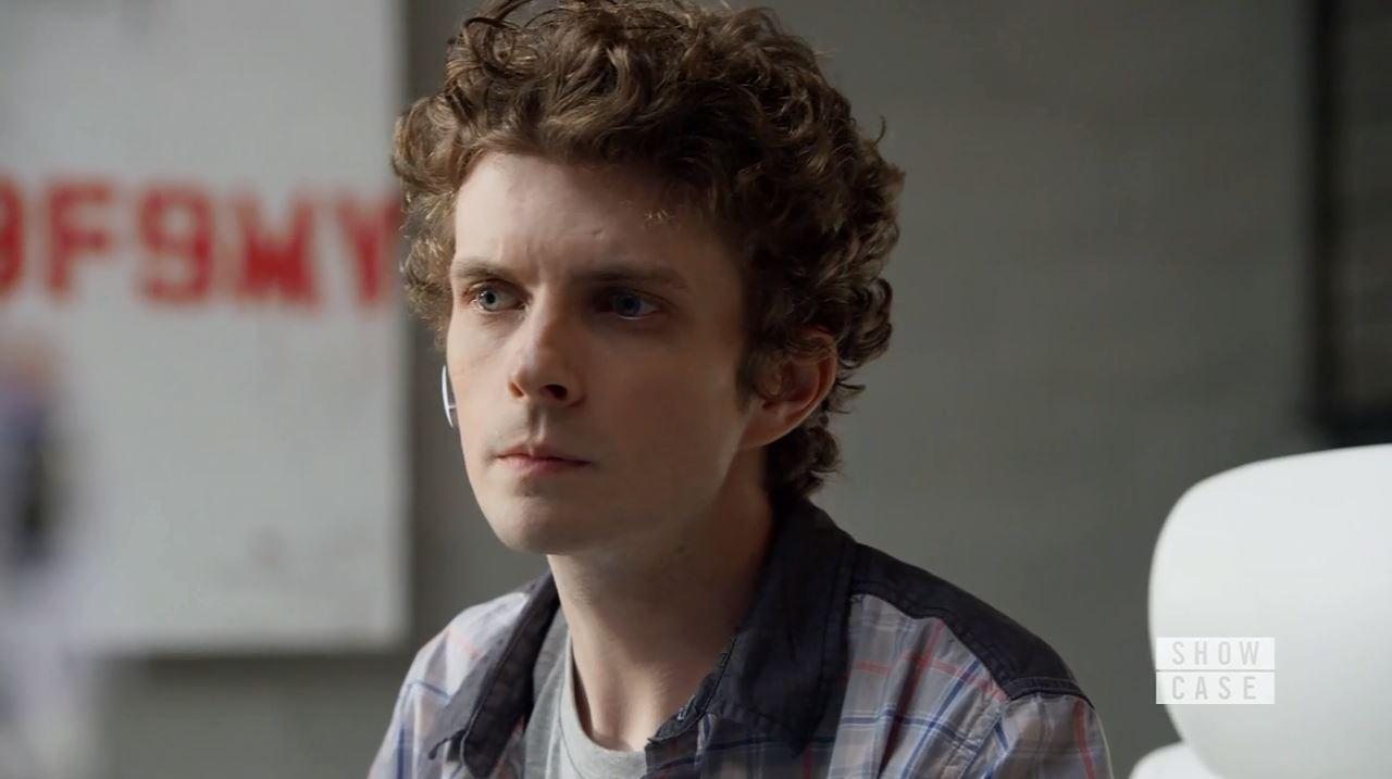 Erik Knudsen as Alec Sadler. Continuum Season 4 Premiere Review