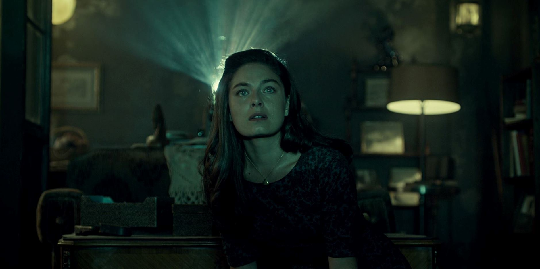 Alexa Davalos as Juliana in The Man in the High Castle episode 2 'Sunrise' Review.