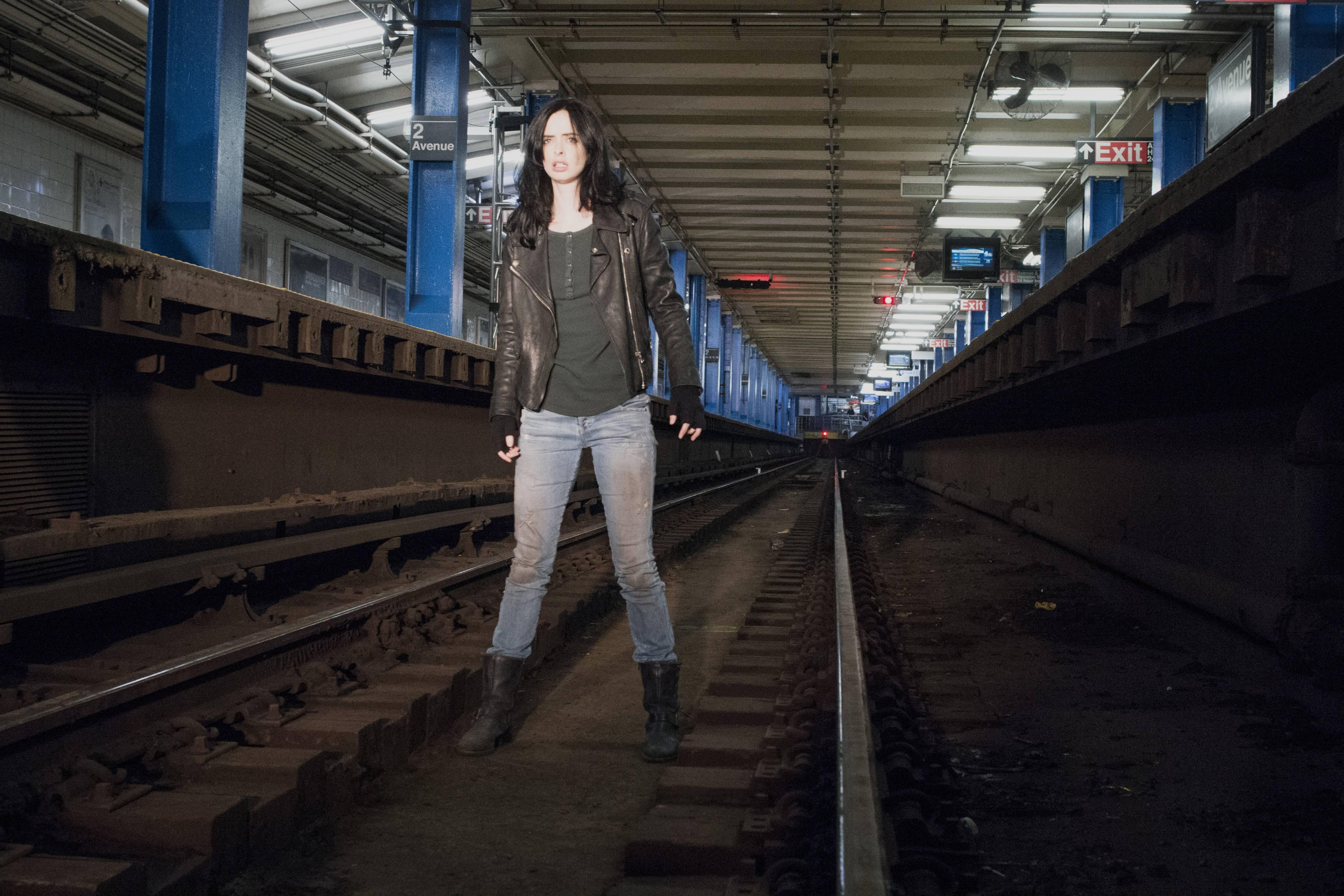 Jessica Jones subway