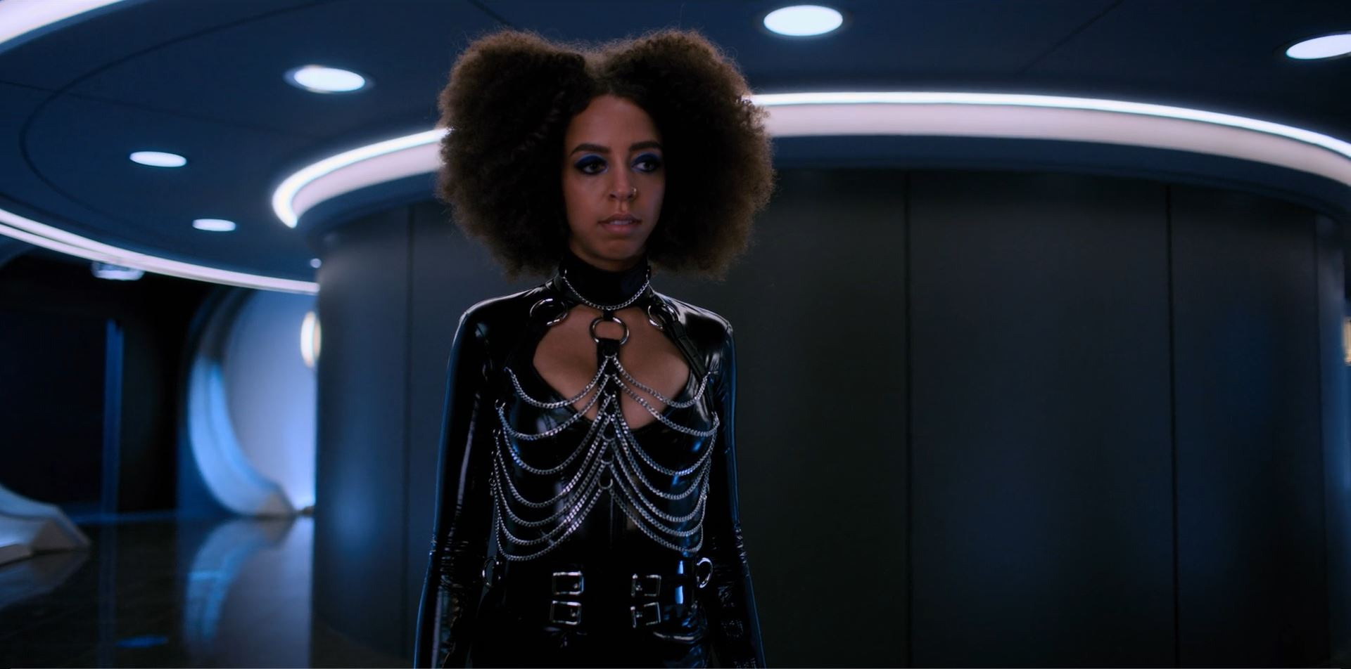 Altered Carbon - Hayley Law as Lizzie Elliott