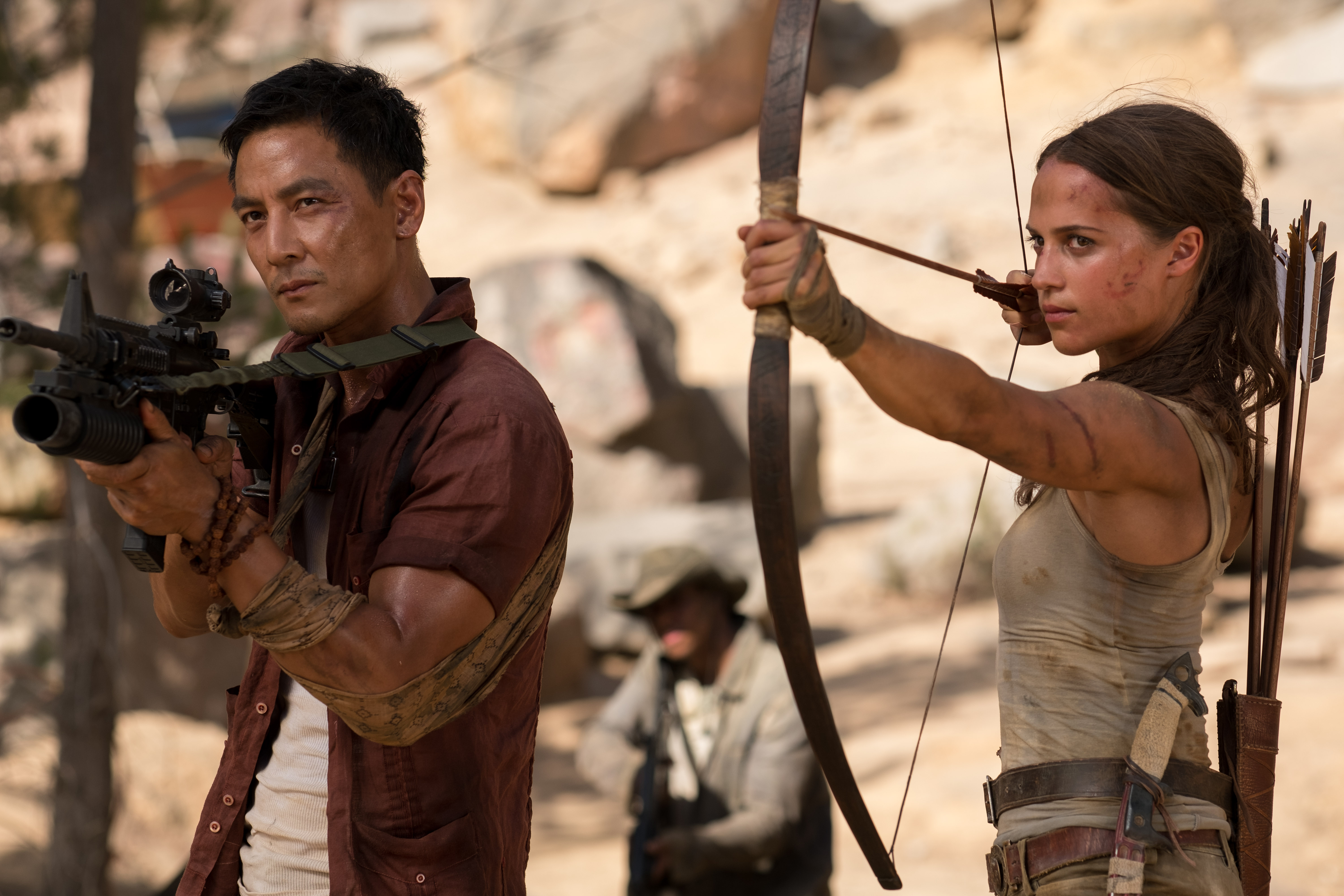 Tomb-Raider-Review-Daniel-Wu-and-Alicia-Vikander