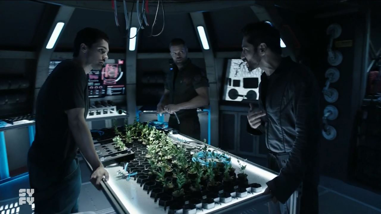 The Expanse S03E02 IFF Review - Alex arguing with Jim and Amos