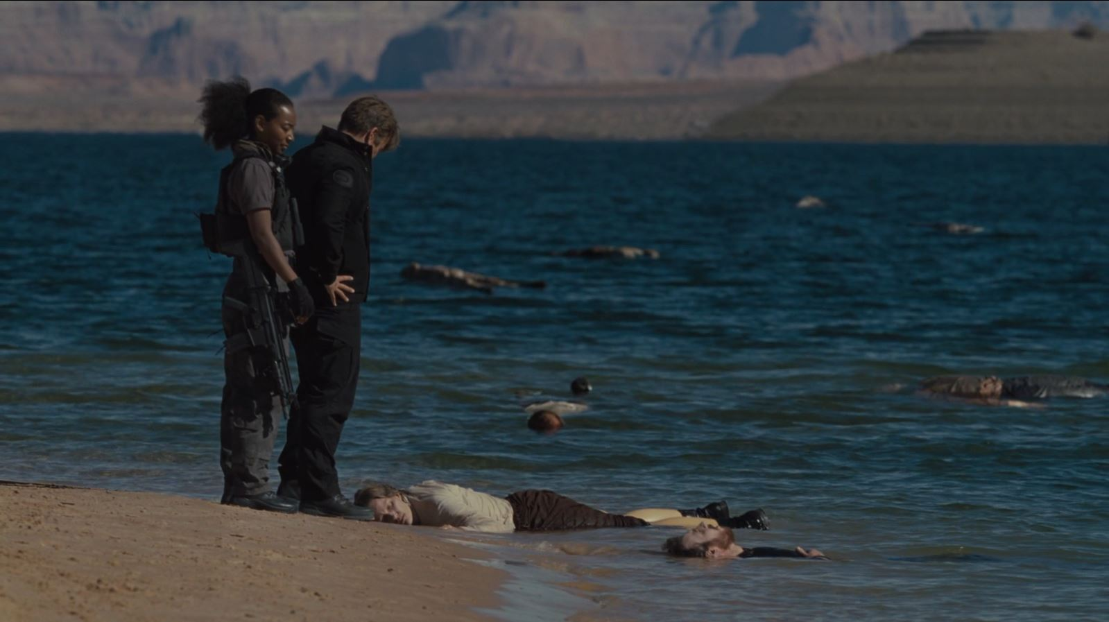 Westworld S02E01 Journey into Night Review - Dead hosts in the lake