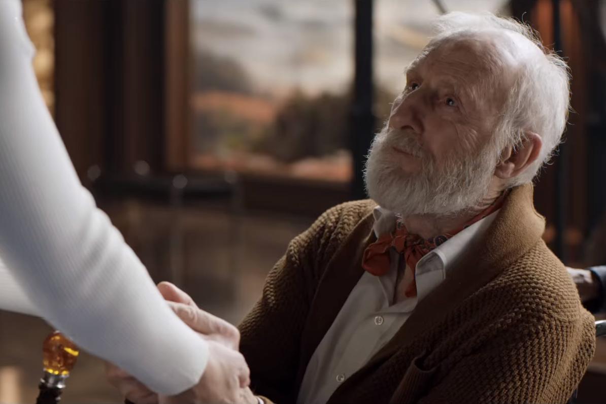 Jurassic World Fallen Kingdom Review James Cromwell as Benjamin Lockwood