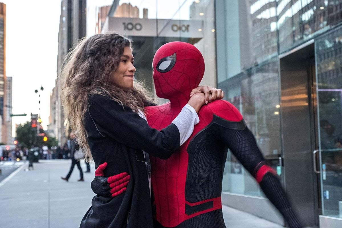 Spider-Man Far From Home - Zendaya as MJ with Peter