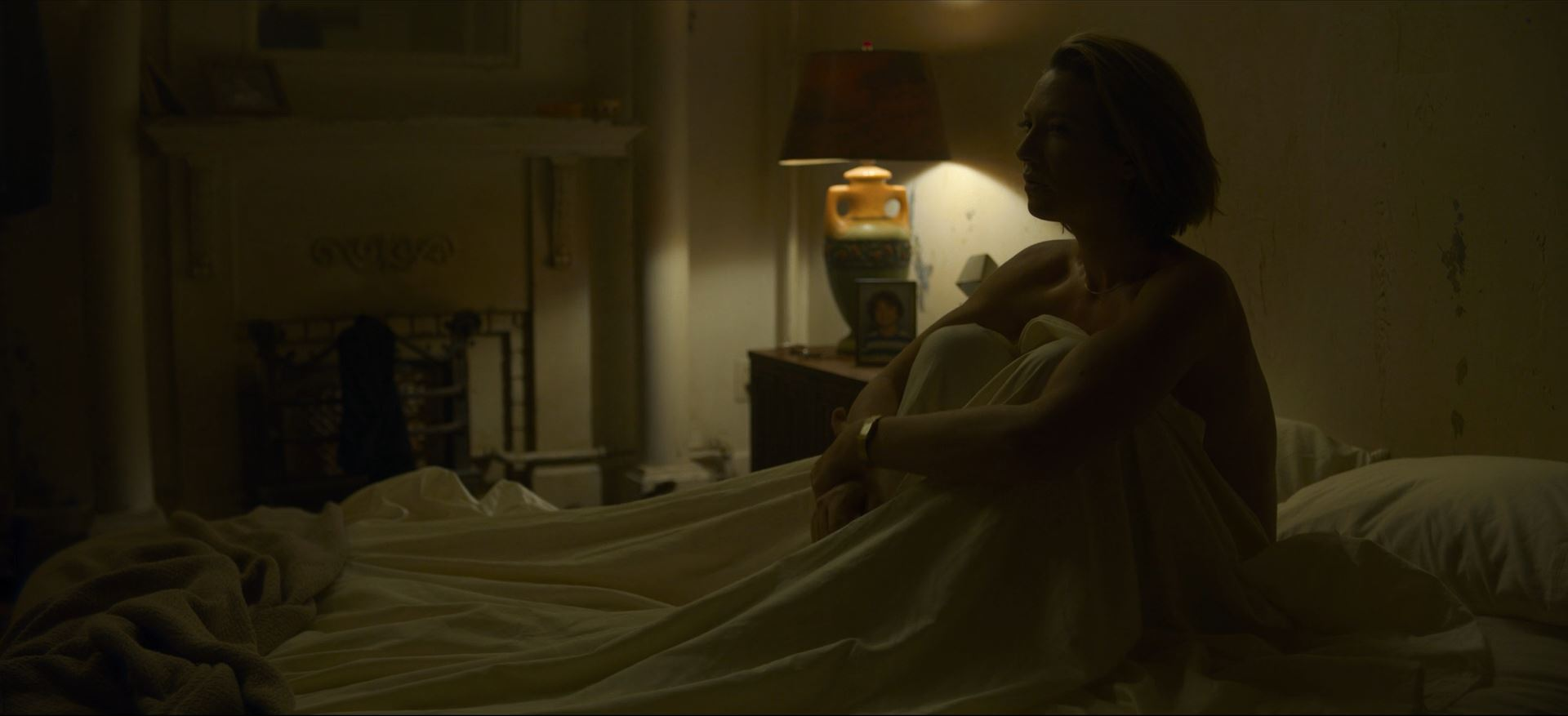 Mindhunter Season 2 Review - Wendy Carr nude played by Anna Torv