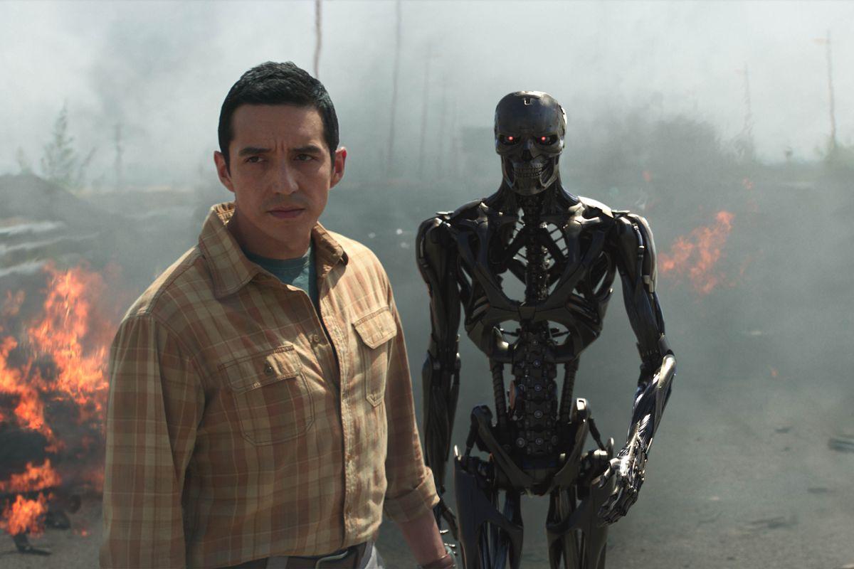 Terminator Dark Fate Review - Gabriel Luna as The Terminator