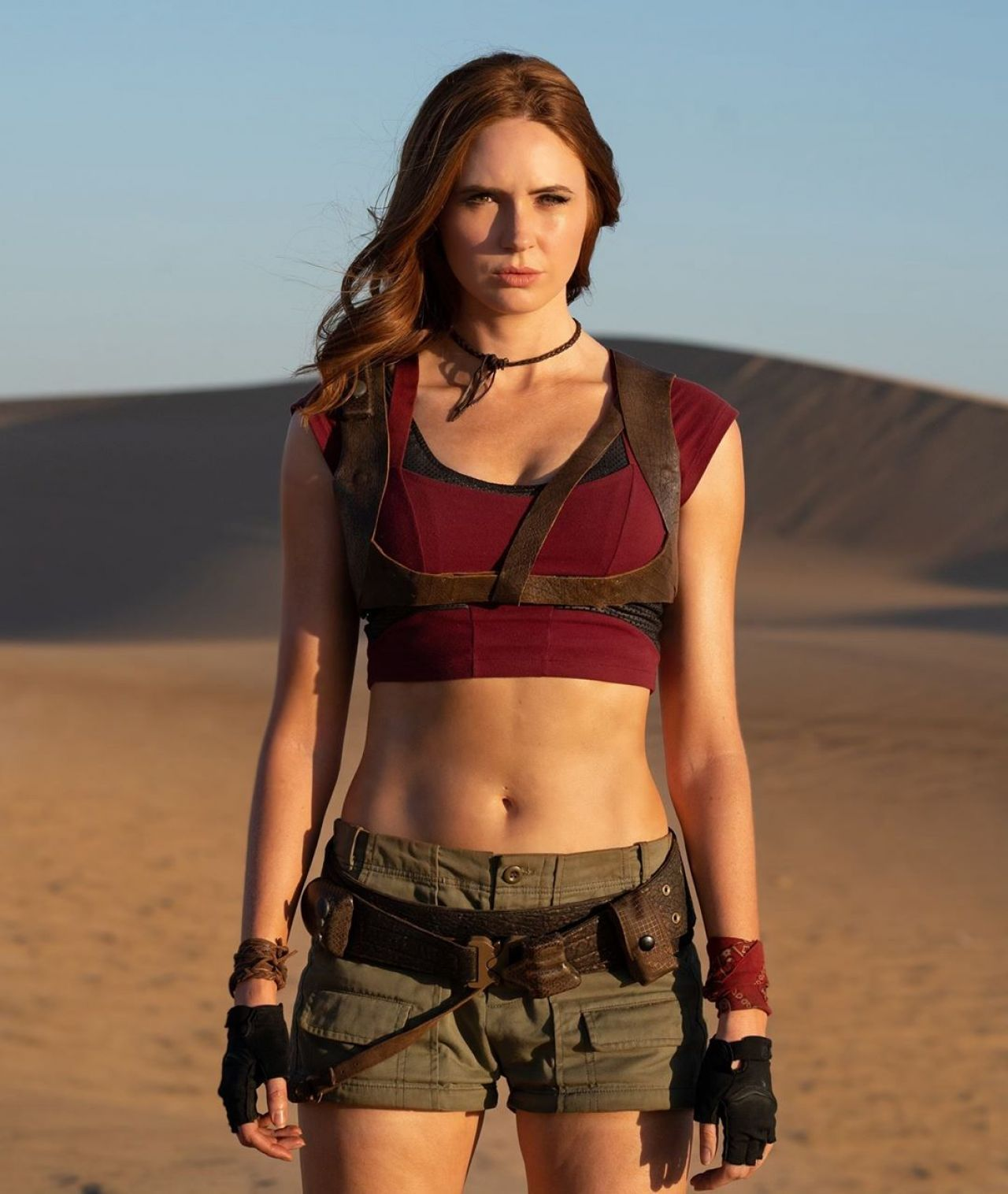 Jumanji The Next Level - Karen Gillan wearing mid rif outfit
