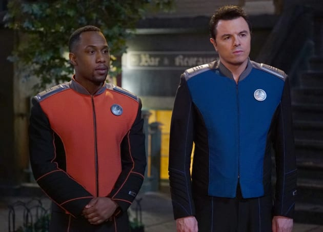 Captain Mercer and Lieutenant Commander John LaMarr on The Orville